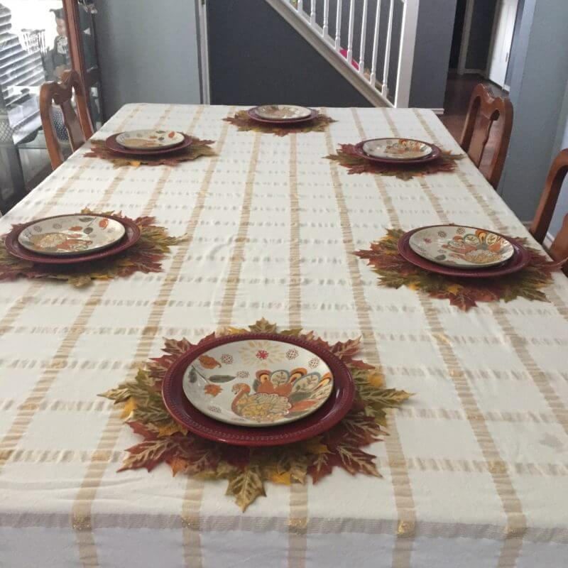 layering Thanksgiving tablescape