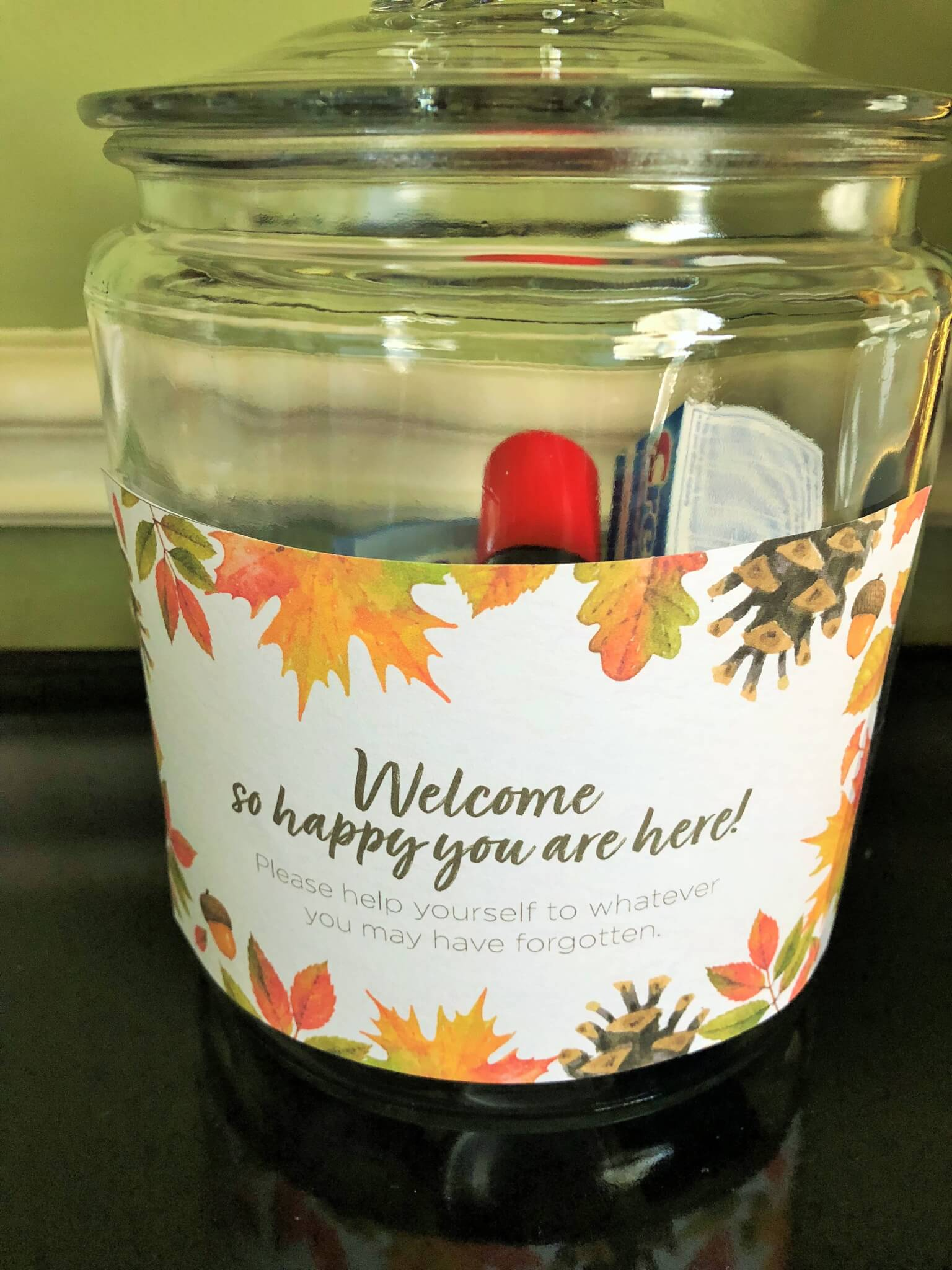 toiletry jar with free welcome card