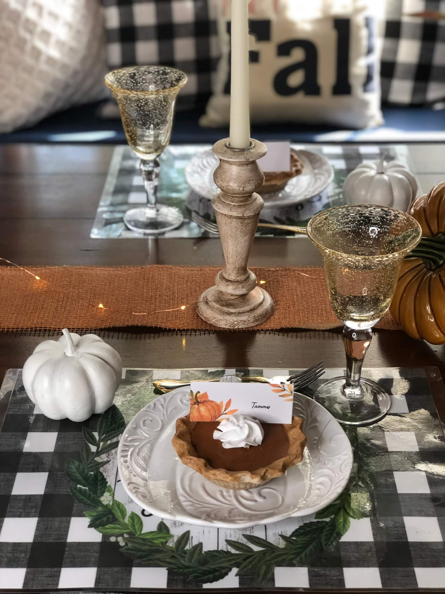 Pumpkin Pie Fall Place Setting with FREE downloadable Place Card