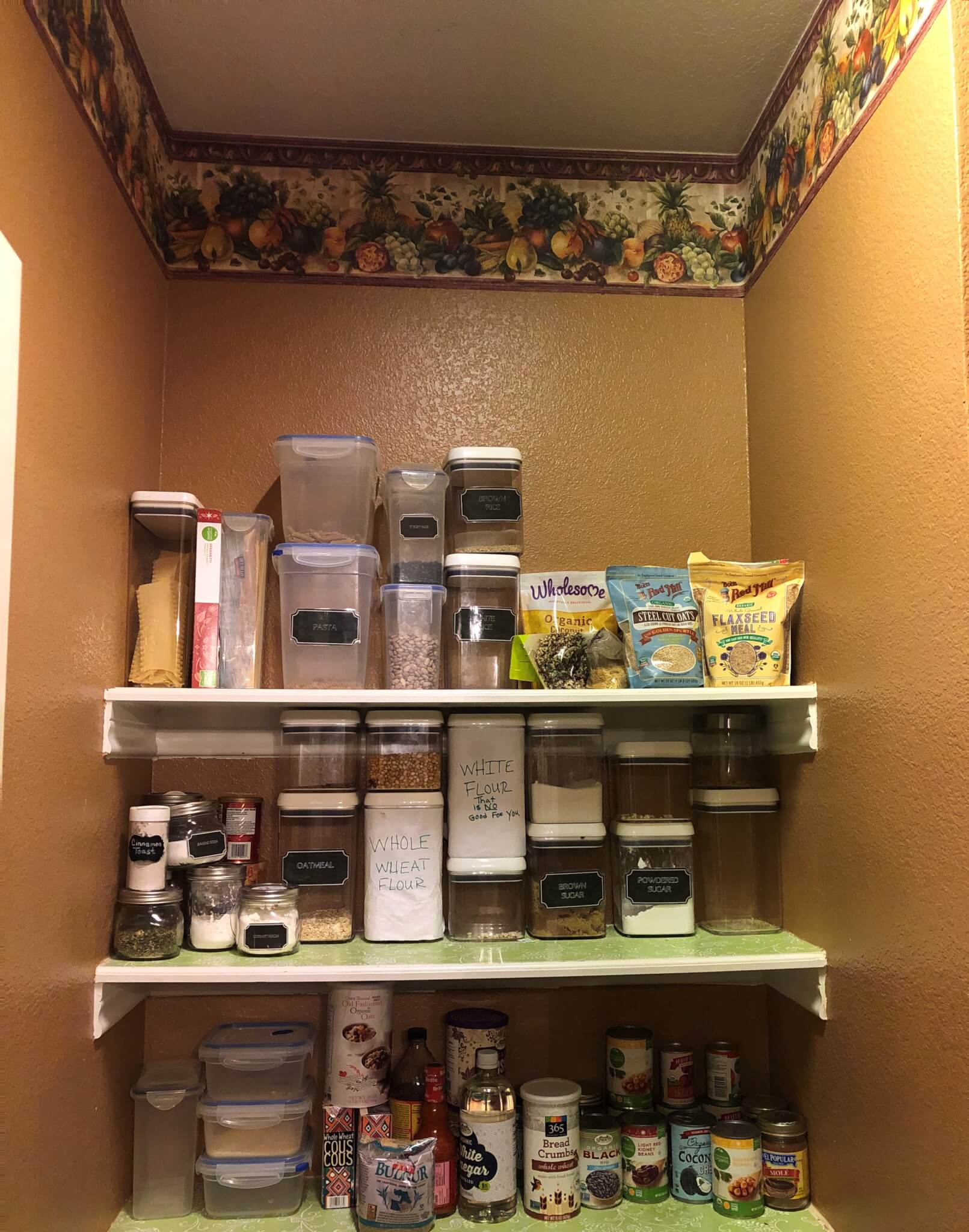 Pantry with wallpaper border