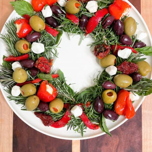 Olive Wreath Christmas Appetizer